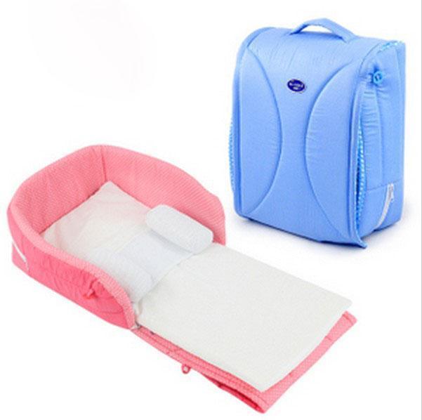 Couffin portable en forme de valise